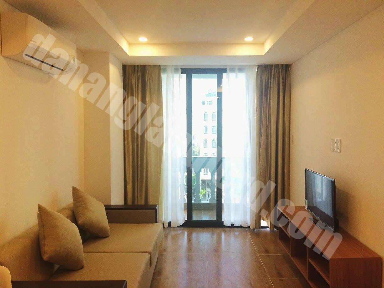 luxury apartment 1 bedroom for rent near my khe beach da nang