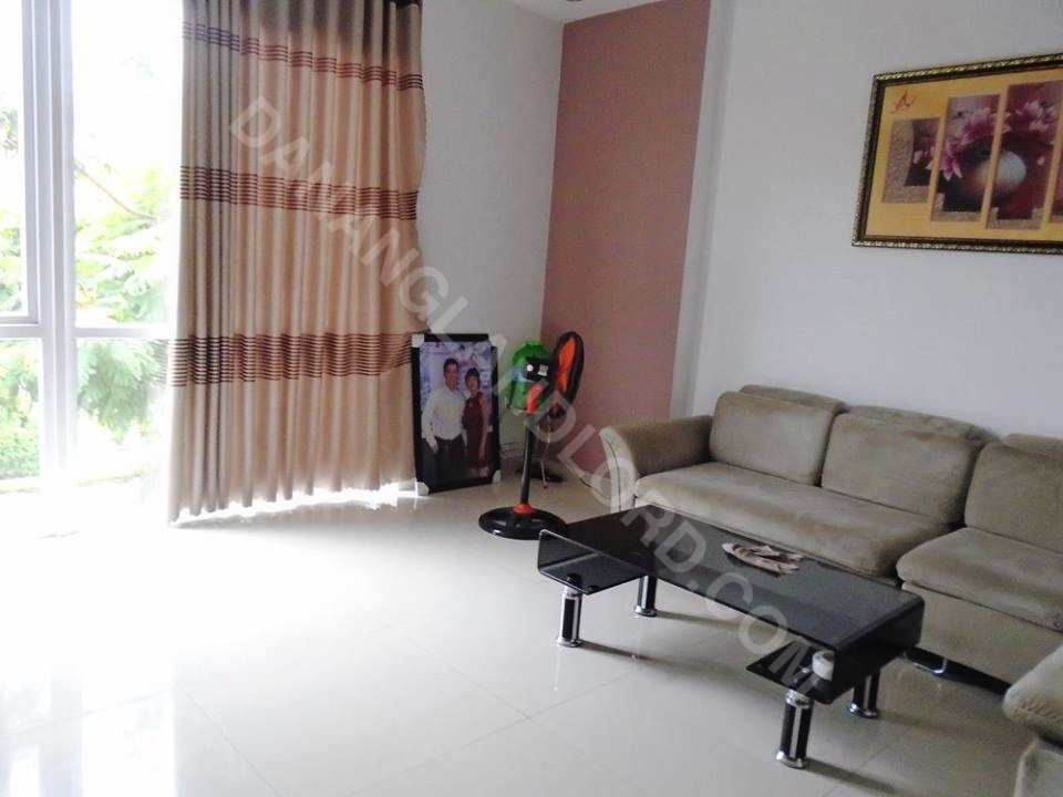 Nice house suited for living or spa on Ho Xuan Huong Street