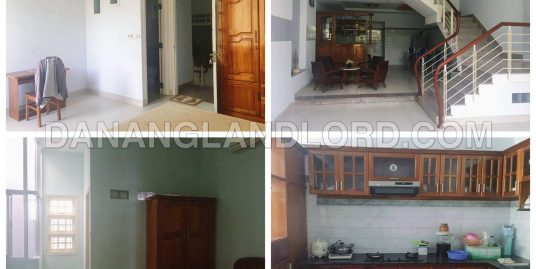 The spacious house with three floors close to Vincom center