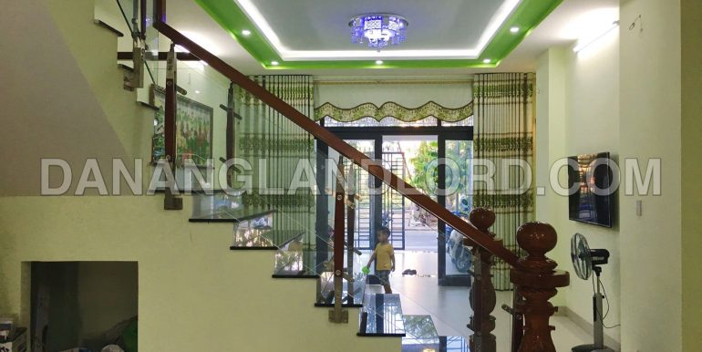 house-for-rent-nam-viet-a-4