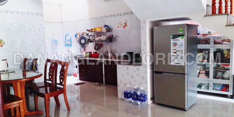 five-bedroom-house-for-rent-near-my-khe-beach-2