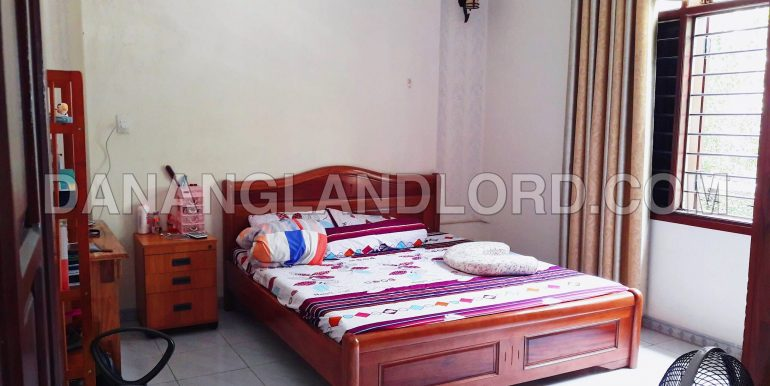 five-bedroom-house-for-rent-near-my-khe-beach-5