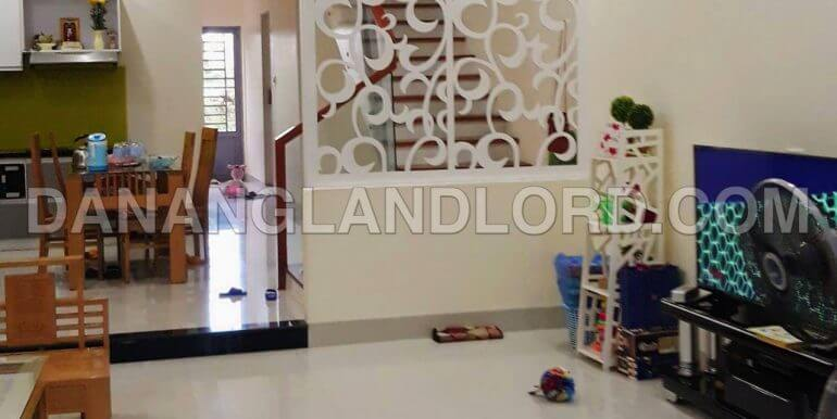 house-for-rent-nam-viet-a-2