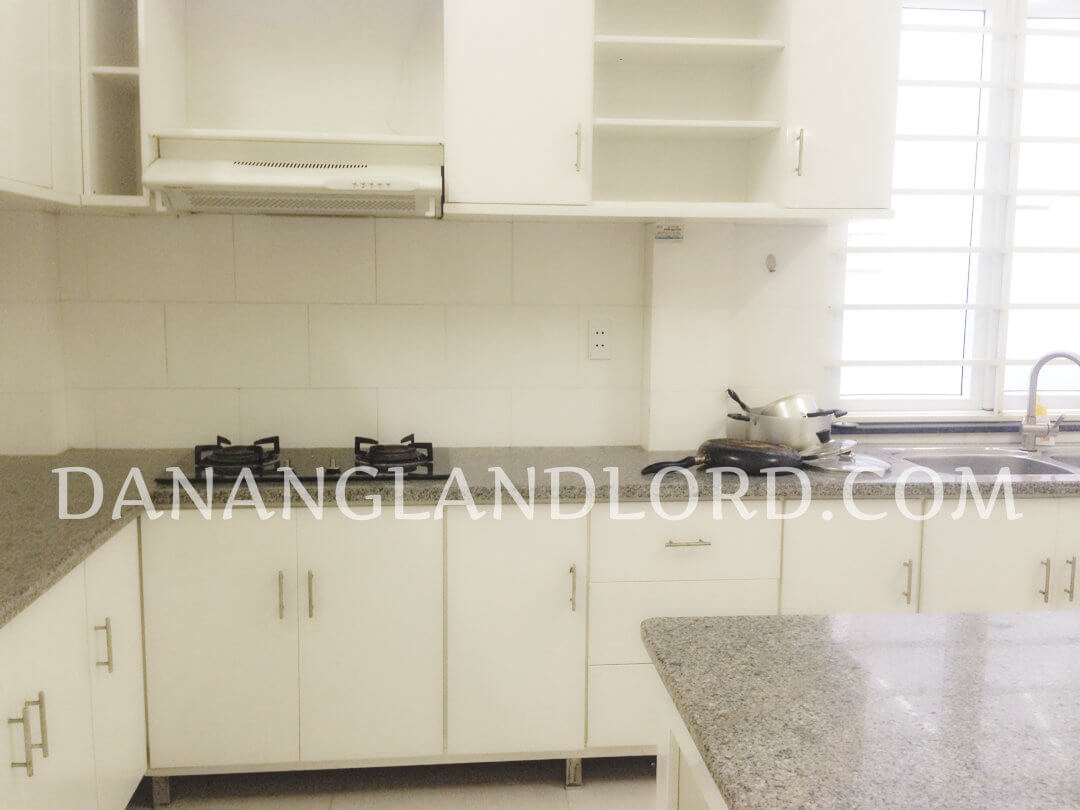 The house has 2 separate floors, located in An Thuong area – KUT8