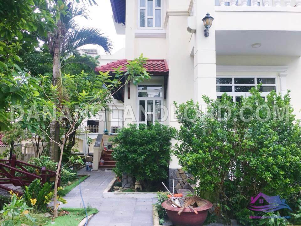 Villa 4 bedrooms with garden in An Thuong Area – BTC4