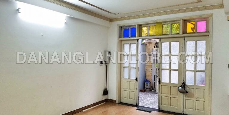 house-for-rent-son-tra-ST32-1