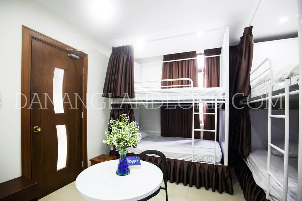 Beautiful 4 bedrooms house is located at the end of Ho Nghinh street – AYY5