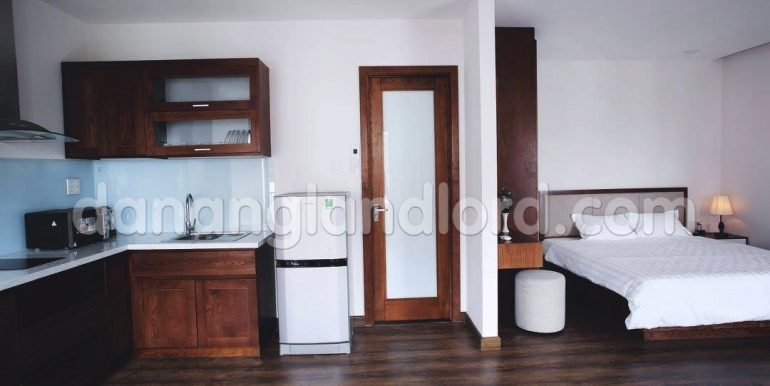 apartment-for-rent-da-nang-studio-beautiful-cheap-my-khe-beach-6