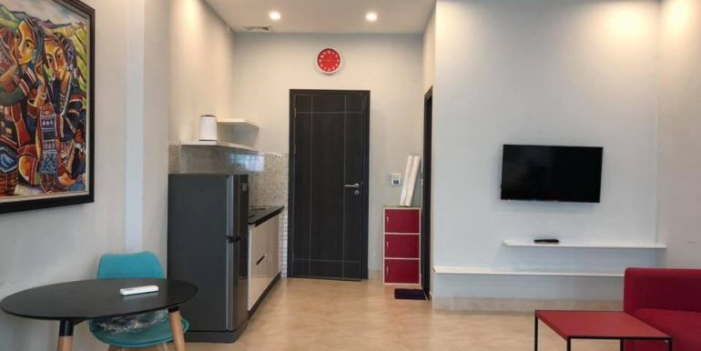 apartment-for-rent-pham-van-dong-A552-1