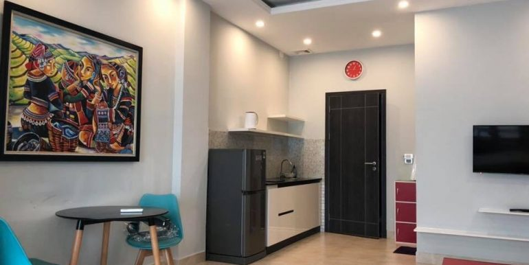 apartment-for-rent-pham-van-dong-A552-2