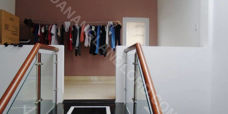house-for-rent-ho-xuan-huong-dnll-14