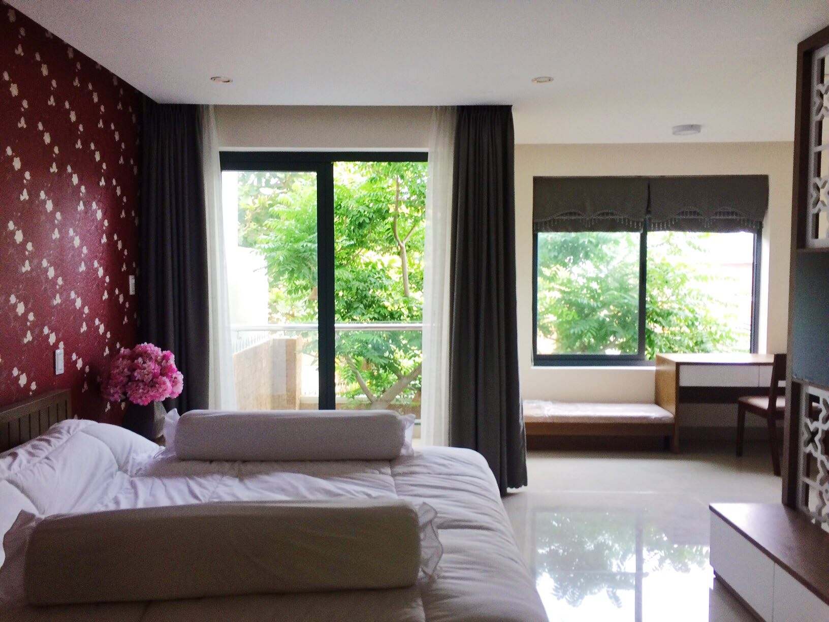 The apartment 2 bedrooms, 100m2 in Che Lan Vien area
