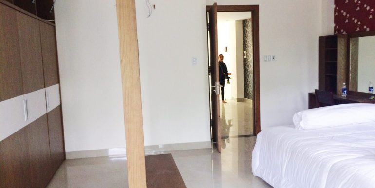 luxury-apartment-for-rent-my-an-area-dnll-12
