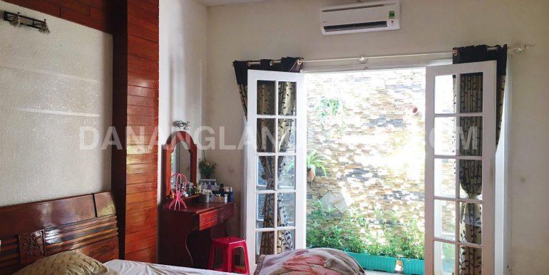 villa-for-rent-nguyen-van-thoai-7