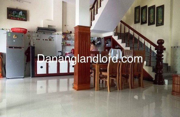 two-bedroom-house-for-rent-in-danang (2)