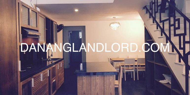 beautiful-house-for-rent-near-pham-van-dong-1