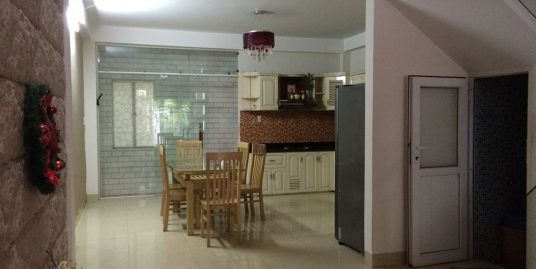 New 3 bedroom house with a beautiful garden close to Da Nang airport