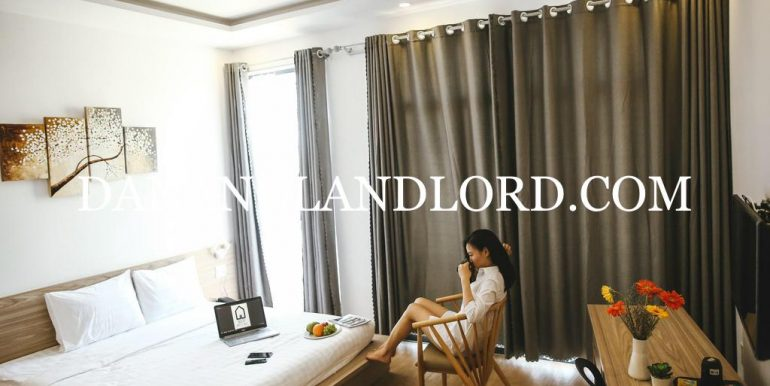 studio-apartment-near-local-market-4