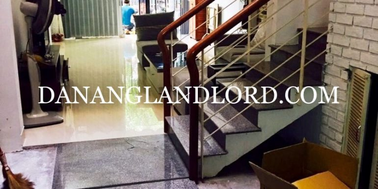 two-bedroom-house-for-rent-near-Ho-Nghinh-street-2