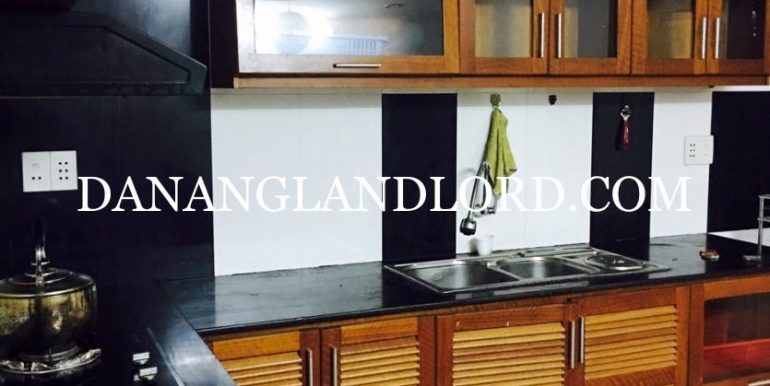 two-bedroom-house-for-rent-near-Ho-Nghinh-street-3