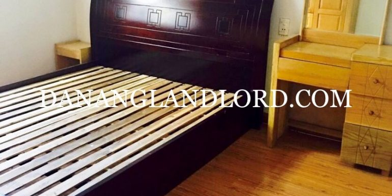 two-bedroom-house-for-rent-near-Ho-Nghinh-street-6