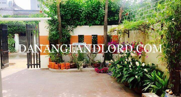 2-bdr-house-for-rent-da-nang-garden-1