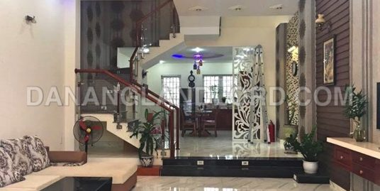 House for rent 4 bedrooms in Son Tra area – 2278