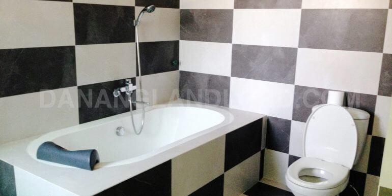 house-for-rent-my-khe-beach-ho-xuan-huong-dnll-13
