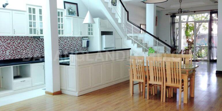 house-for-rent-my-khe-beach-ho-xuan-huong-dnll-2