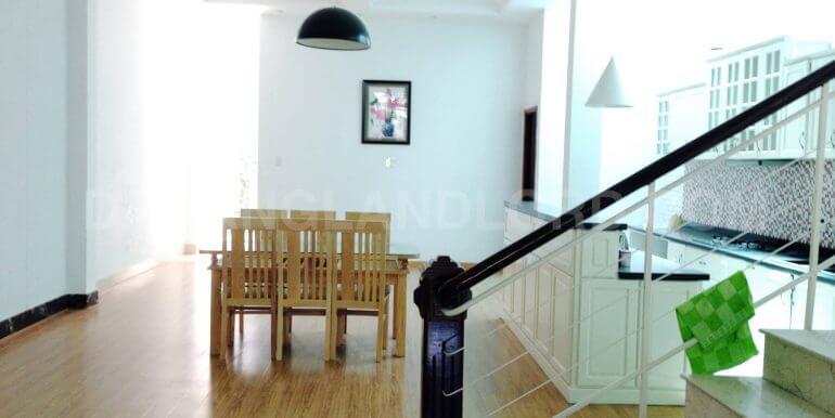 house-for-rent-my-khe-beach-ho-xuan-huong-dnll-8