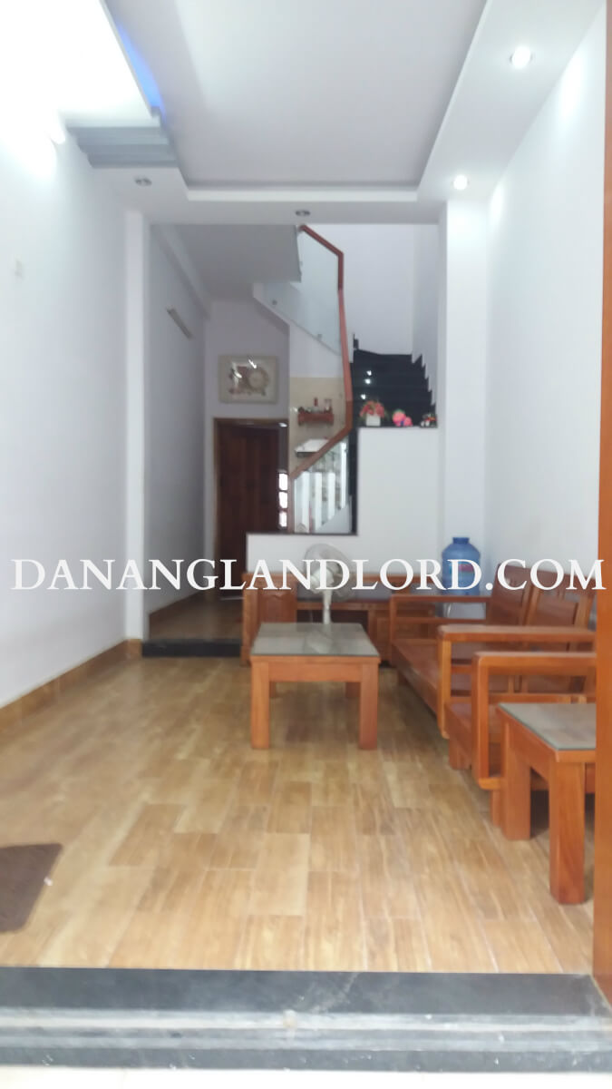 The house with 2 bedrooms close to the Dragon Bridge – KDMH