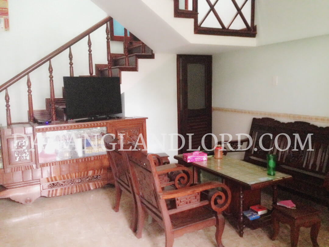 Beautiful house close to the beach, near An Thuong area – TTT1