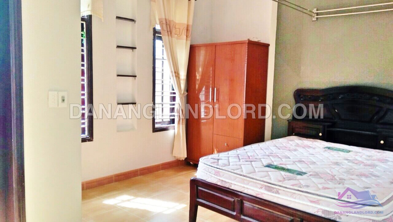 The house with 3 bedrooms in Son Tra, near Han Bridge – NQA1