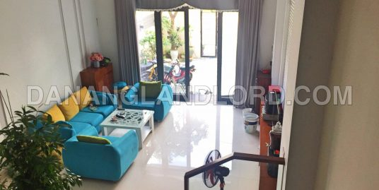 The house with 4 bedrooms close to Tuyen Son bridge – B420
