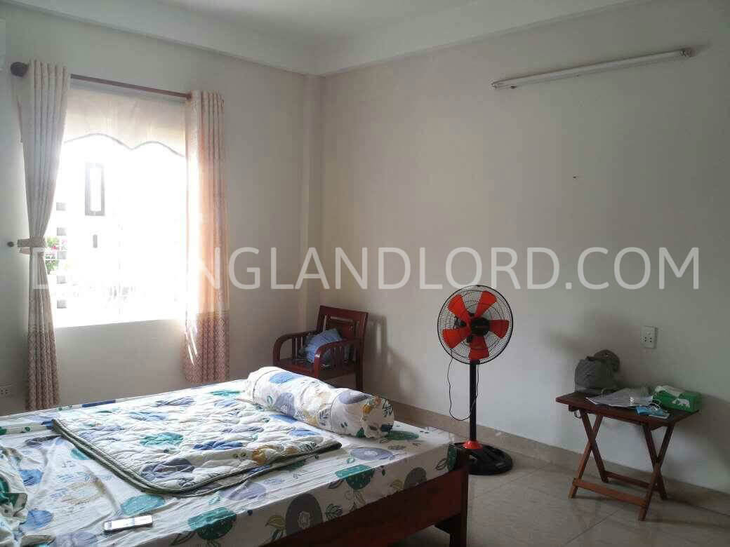 The house with 3 bedrooms close to Ho Xuan Huong street  – CCK4