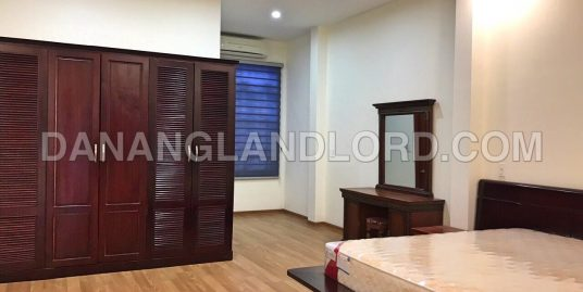 3 bedroom house at Khue Trung, near Nguyen Huu Tho street – 3004