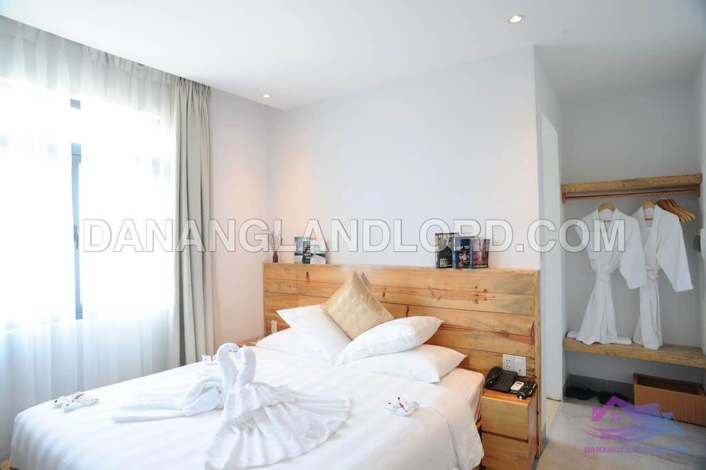 The hotel with 10 rooms near Le Van Hien street – 1325