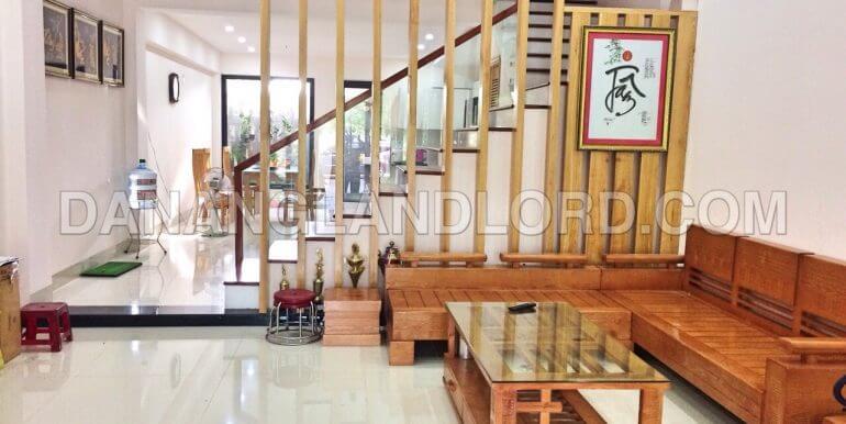 house-for-rent-ngu-hanh-son-1050-T-1