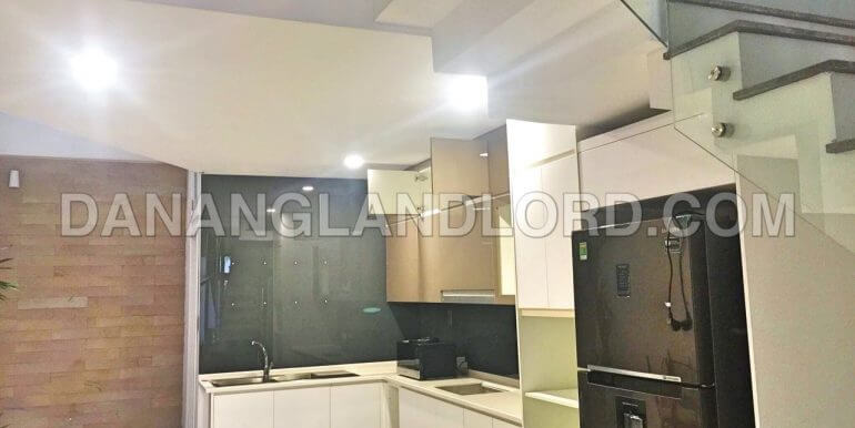 house-for-rent-ngu-hanh-son-1052-T-5