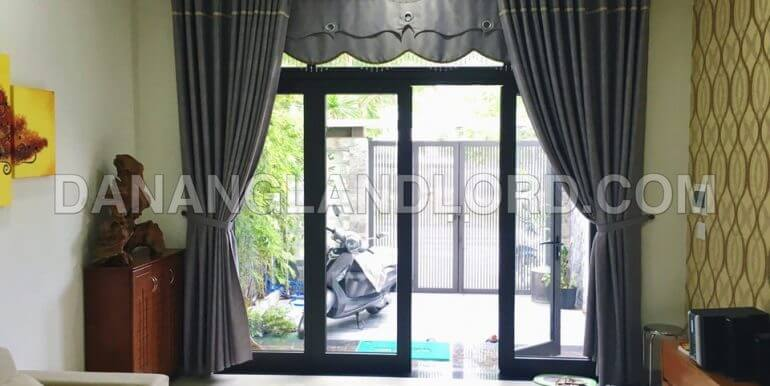 house-for-rent-3-bed-pham-van-dong-D7ZC-T-2