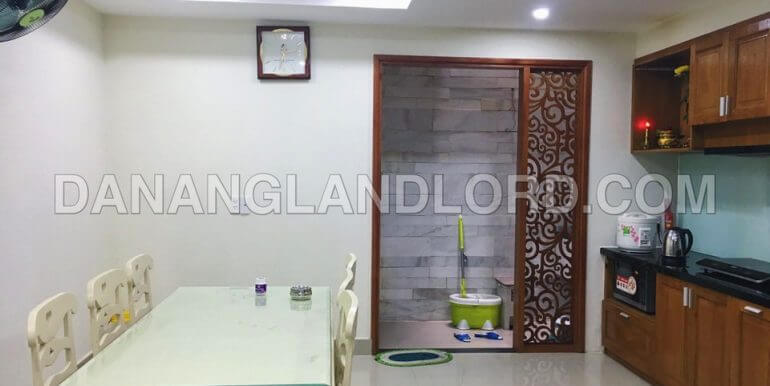 house-for-rent-3-bed-pham-van-dong-D7ZC-T-4
