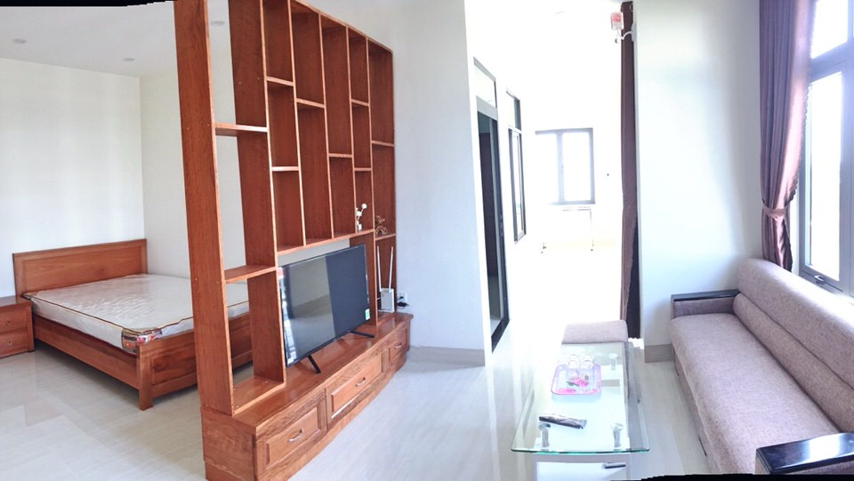 2 bdr. apartment with balcony, 55 sqm, quiet area, close to Dragon Bridge – A234