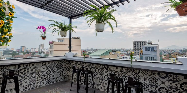 aris-apartment-da-nang-outside-2