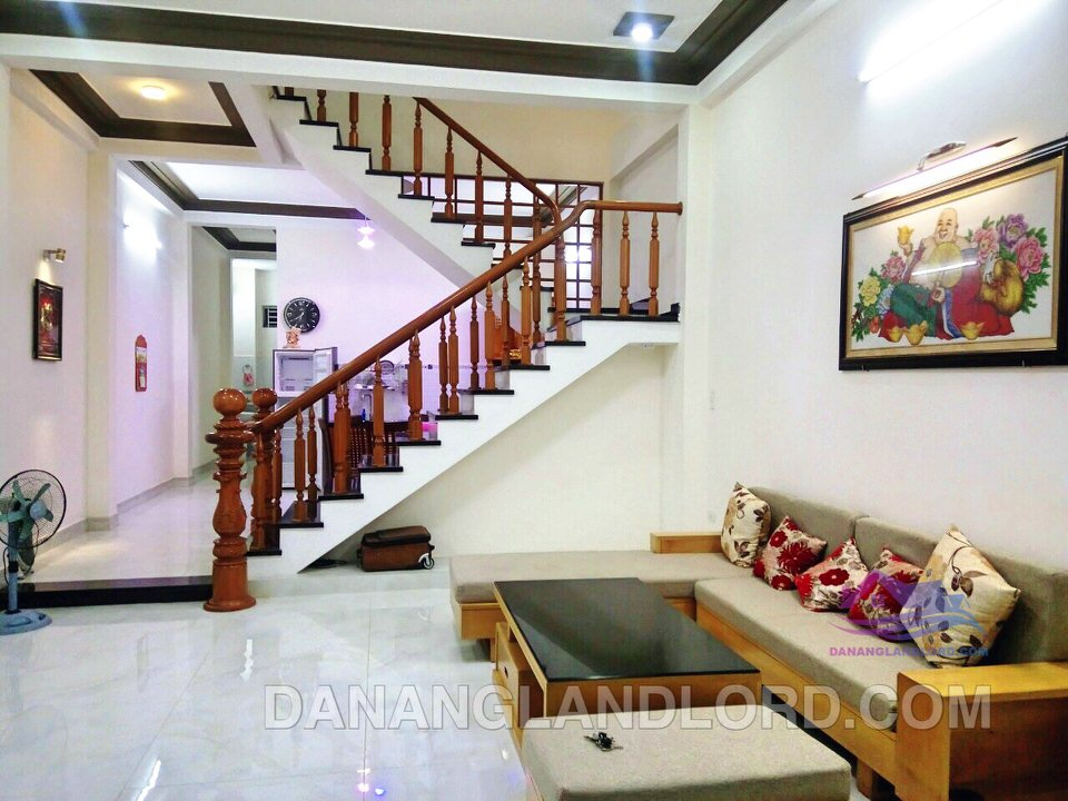 Nice 3 bedrooms house close to river, Nam Viet A area – B118