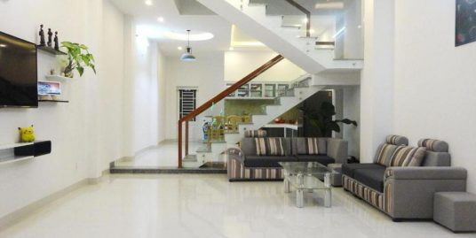 Nice house with 4 bedroom, close to Pham Van Dong street – B272