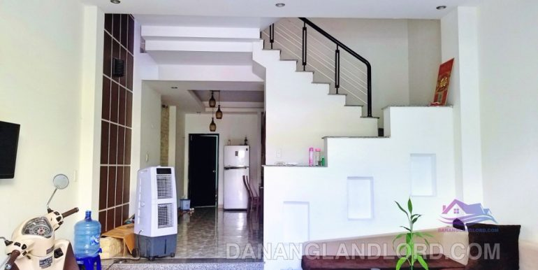 house-for-rent-da-nang-B131-1