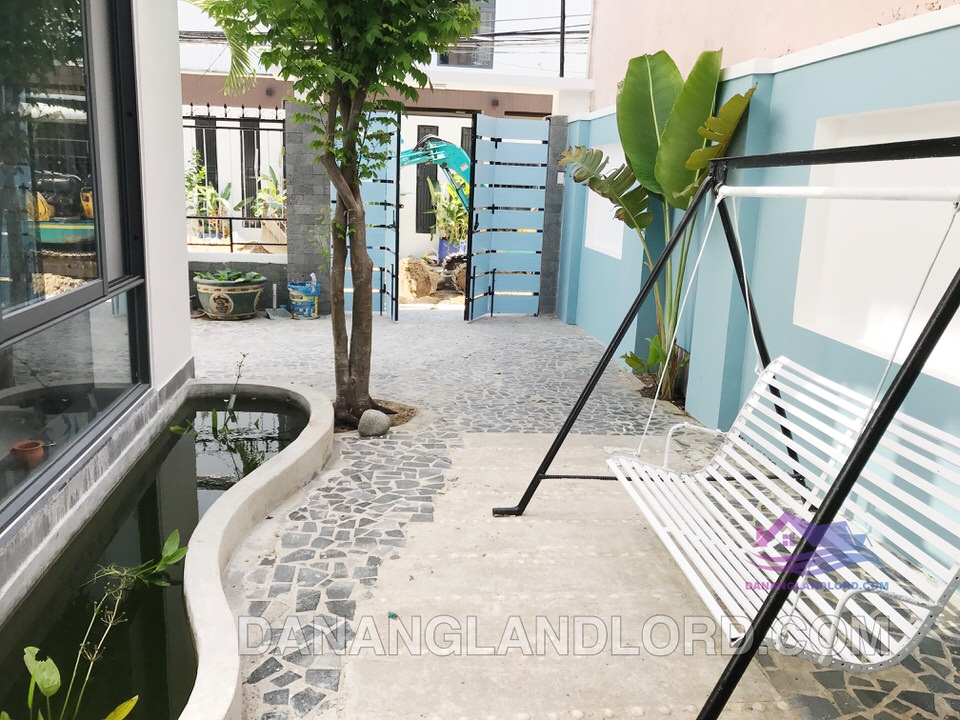 3 bedrooms house for rent near My Khe beach – B238