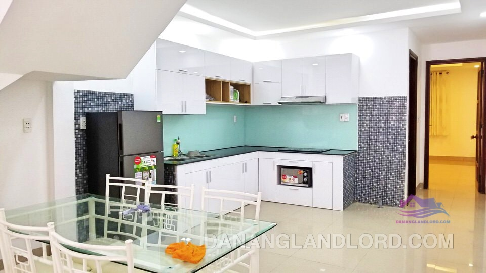 5 bedrooms house near An Hai Dong market – B246