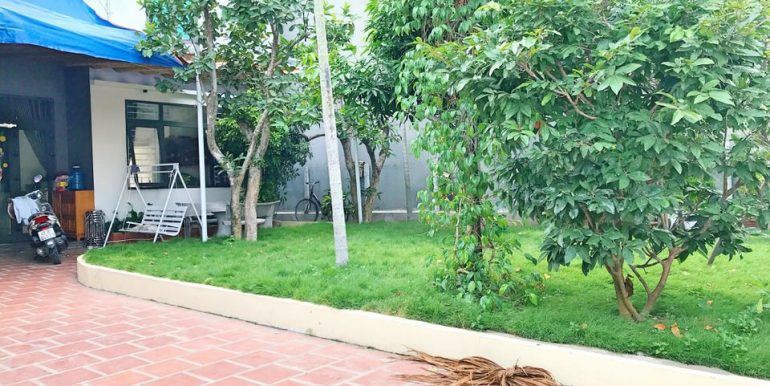 house-for-rent-garden-da-nang-B154-3