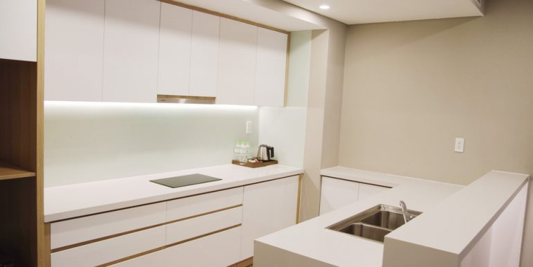 luxury-apartment-for-rent-da-nang-A319-2